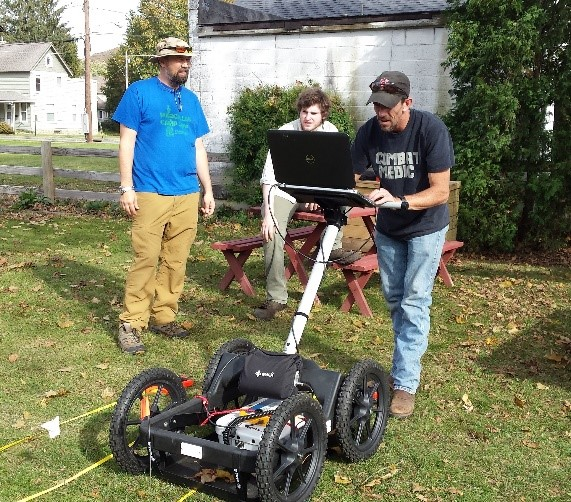 Students using Ground Penetrating radar