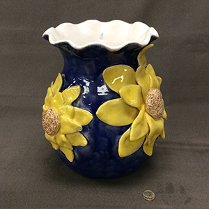 GrasshopperAzlynnHeverly_Sunflowers-on-Blue_Ceramic-Coil-Pot_7.5x8_2021_Image03_300px.jpg